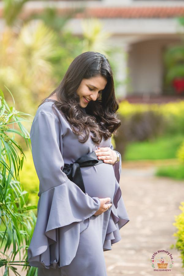 Beautiful maternity session bangalore
